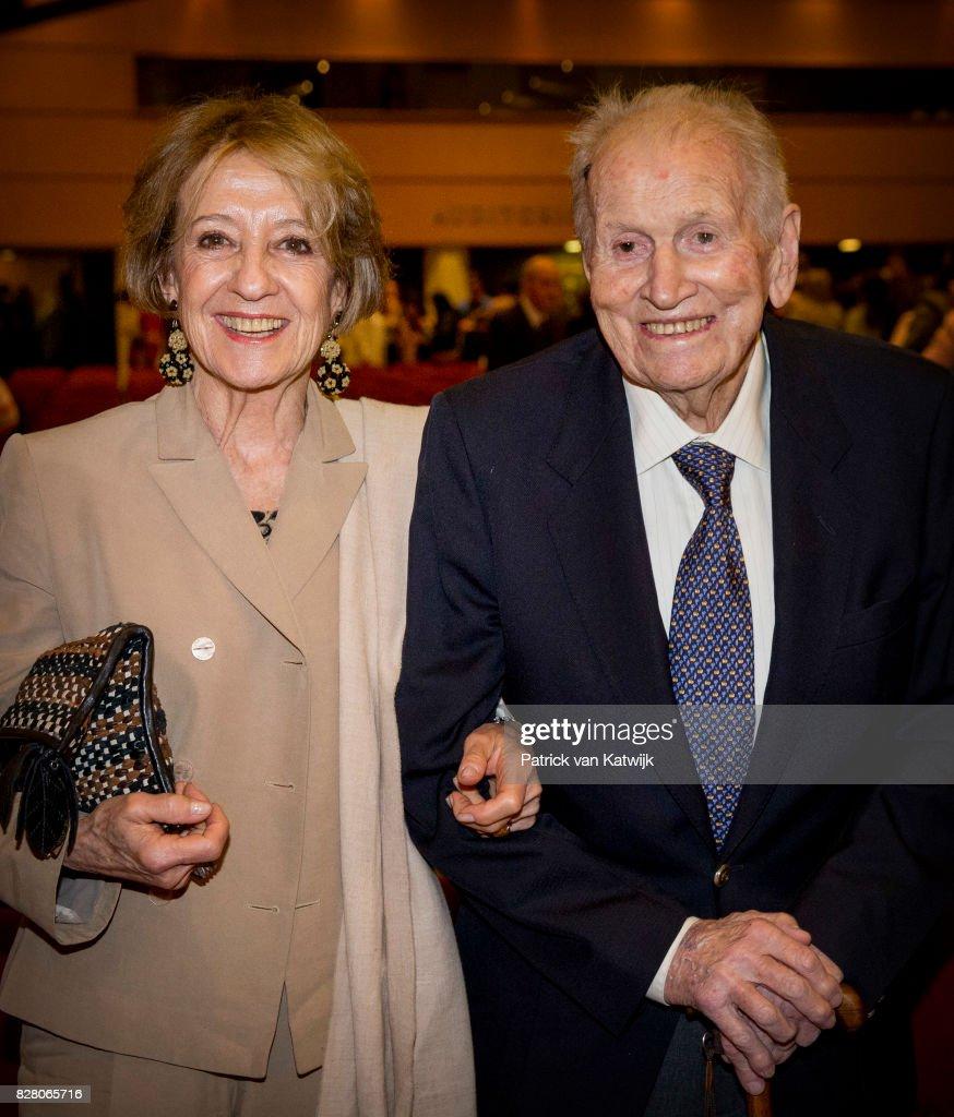 Royal Family Around the World: Hollands Argentina-born