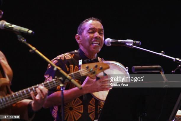 Jorge Arce of Haciendo Punto En Otro Son performs as part of concert A 40 aos de La Muralla at Centro de Bellas Artes on February 11 2018 in San Juan...