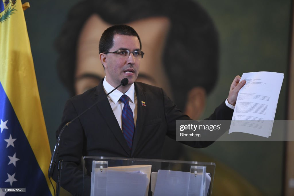 Foreign Minister Jorge Arreaza Holds Press Conference As Trump Imposes New Curbs On Venezuela : News Photo