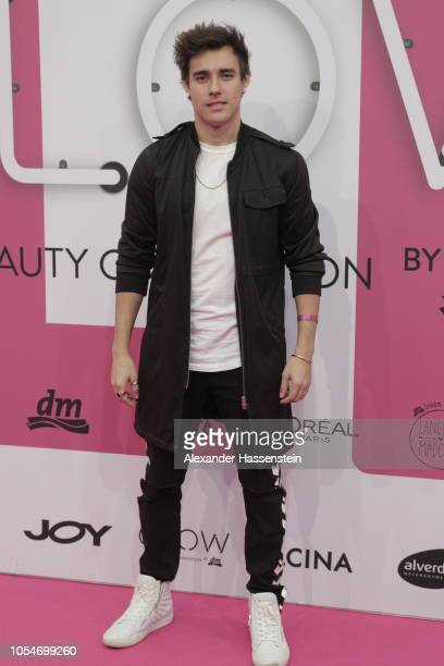 Jorge Blanco arrives at the pink carpet for the GLOW The Beauty Convention at Station on October 27 2018 in Berlin Germany