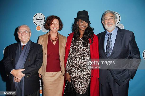 Jorge Calandrelli Dale Franzen Pretty Yende and Placido Domingo attends the US premiere of Rakata's 'Henry VIII' at The Broad Stage on September 27...
