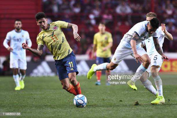 Jorge Carrascal of Colombia U23 fights for the ball with Francisco Ortega of Argentina U23 during a friendly match between Argentina U23 and Colombia...