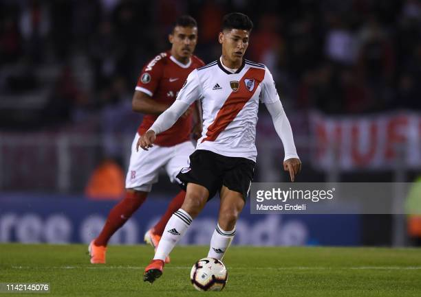 Jorge Carrascal of River Plate drives the ball during a group A match between River Plate and Internacional as part of Copa CONMEBOL Libertadores...