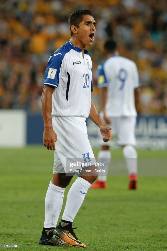 Jorge Claros of the Honduras speaks to the assistant referee during the 2nd leg of the 2018 FIFA World Cup Qualifier between the Australia and Honduras at Stadium Australia on November 15, 2017 in Sydney, Australia.