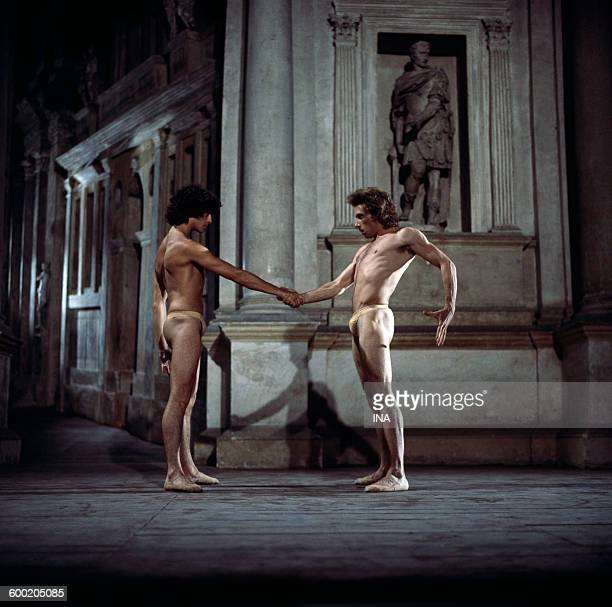Jorge Donn and Philippe Lizon in Maurice Béjart's ballet I was born in Venice
