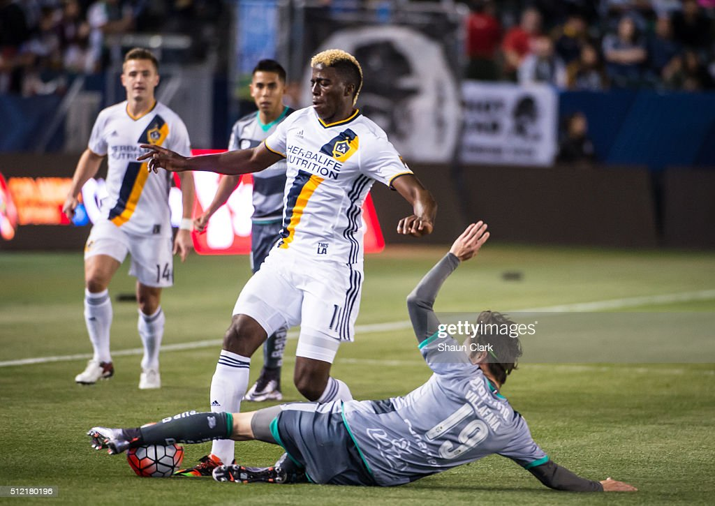 Jorge Flores Villafana #19 of Santos Laguna defends against Gyasi Zardes #11 of Los Angeles Galaxy during the CONCACAF Champions League match between Santos Laguna and Los Angeles Galaxy at the StubHub Center on February 24, 2016 in Carson, California. The final score was 0-0