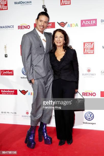 Jorge Gonzalez and Daniela Ziegler attend the 'Goldene Bild der Frau' award at Hamburg Cruise Center on October 21, 2017 in Hamburg, Germany.