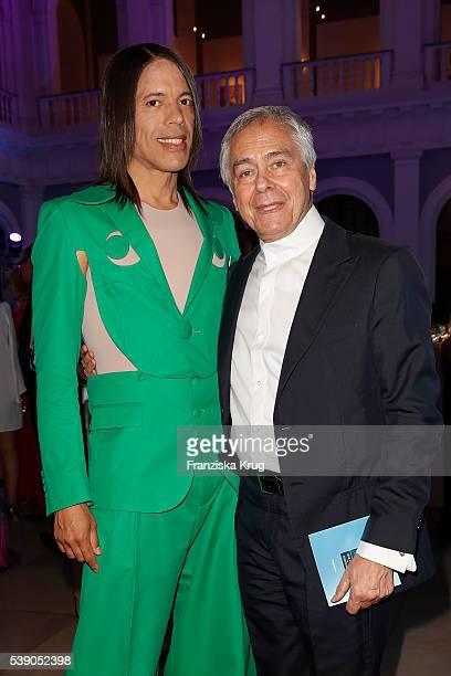 Jorge Gonzalez and John Neumeier attend the 'Das Herz im Zentrum' Charity Gala on June 9 2016 in Hamburg Germany
