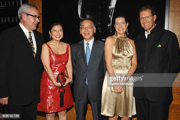 Jorge Gonzalez Xiaoming Zhang Yutaka Mino Jill Kluge and Edouard Ettedgui attend MANDARIN ORIENTAL HOTEL GROUP Party for the SOTHEBY'S Contemporary...