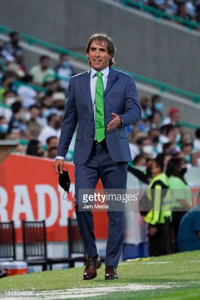 Jorge Guillermo Almada, head coach of Santos, gestures during the 10th round match between Santos Laguna and Monterey as part of the Torneo Grita...