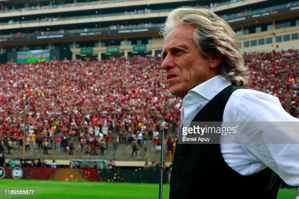 Jorge Jesus head coach of Flamengo looks on prior to the final match of Copa CONMEBOL Libertadores 2019 between Flamengo and River Plate at Estadio...