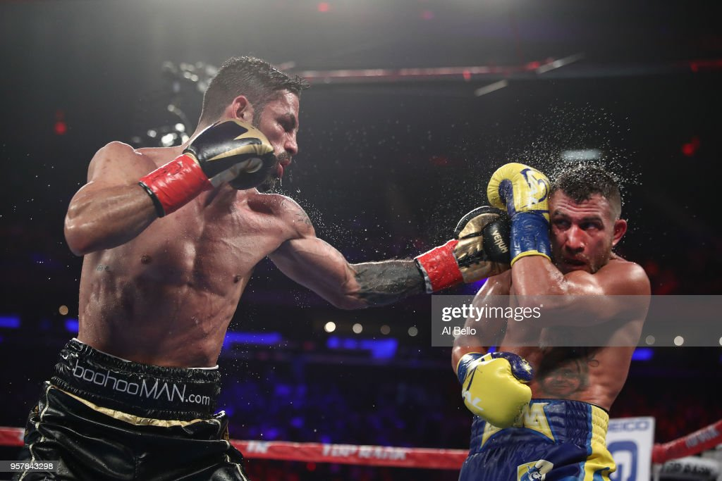 Jorge Linares v Vasiliy Lomachenko : News Photo