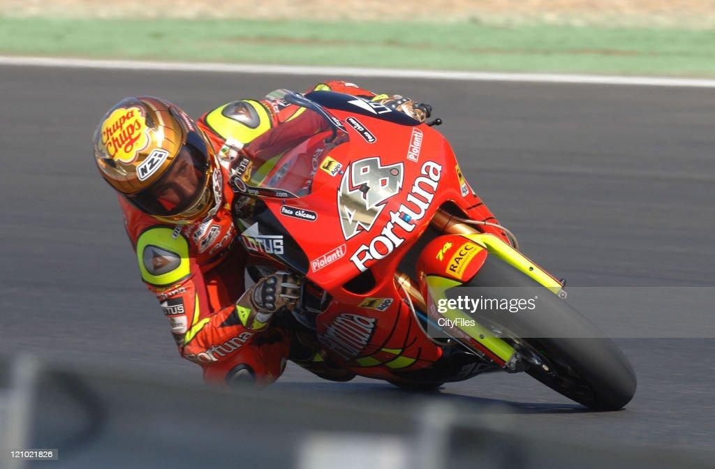 Jorge Lorenzo (ESP) during training for the 2006 Estoril Moto GP in Estoril, Portugal on October 14, 2006.