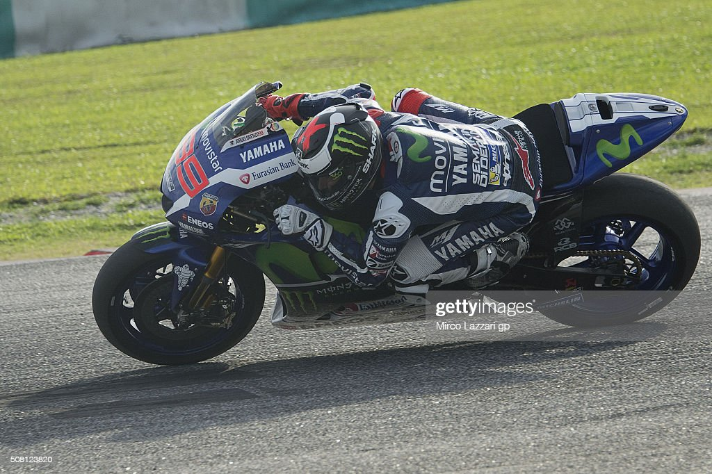 Jorge Lorenzo of Spain and Movistar Yamaha MotoGP heads down a straight during the MotoGP Tests In Sepang at Sepang Circuit on February 3, 2016 in Kuala Lumpur, Malaysia.