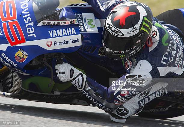 Jorge Lorenzo of Spain and Movistar Yamaha MotoGP rounds the bend during the MotoGP Tests in Sepang Day One at Sepang Circuit on February 23 2015 in...