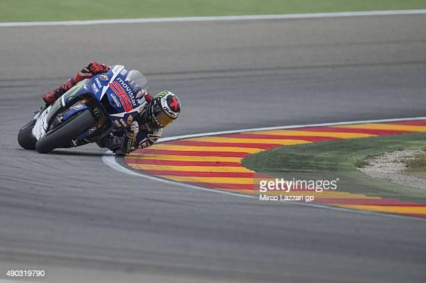 Jorge Lorenzo of Spain and Movistar Yamaha MotoGP rounds the bend during the MotoGP race during the MotoGP of Spain Race at Motorland Aragon Circuit...