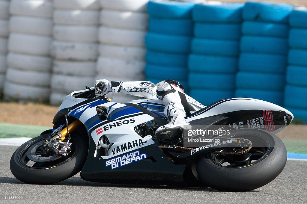 Jorge Lorenzo of Spain and Yamaha Factory Team rounds the bend during the third day of testing of MotoGP Tests In Jerez at Circuito de Jerez on March 25, 2012 in Jerez de la Frontera, Spain.