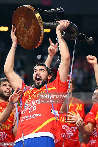 Jorge Maqueda of Spain lifts the cup after winning the Men's Handball World Championship 2013 final match between Spain and Denmark at Palau Sant...