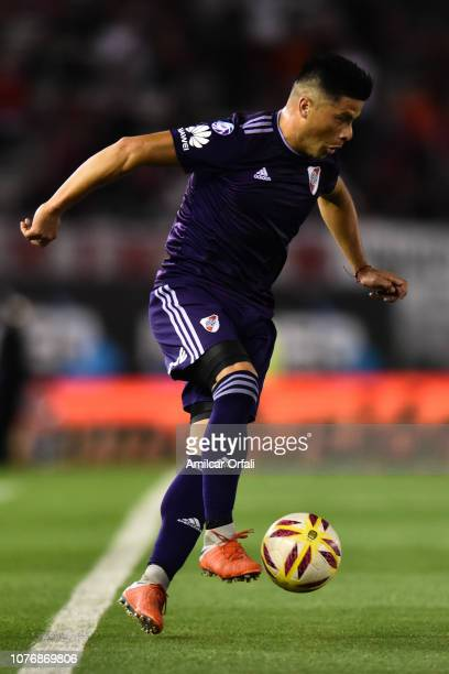 Jorge Moreira of River Plate controls the ball during a match between River Plate and Gimnasia y Esgrima La Plata as part of Superliga 2018/19 at...