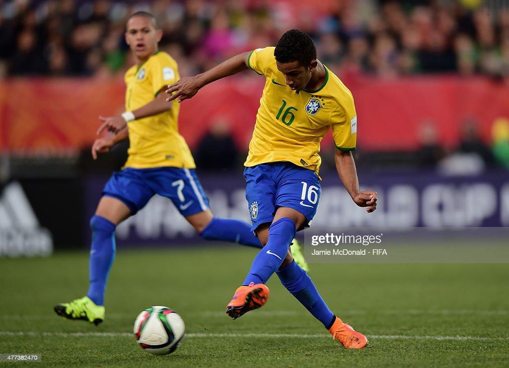 Brazil v Senegal: Semi Final - FIFA U-20 World Cup New Zealand 2015 : News Photo