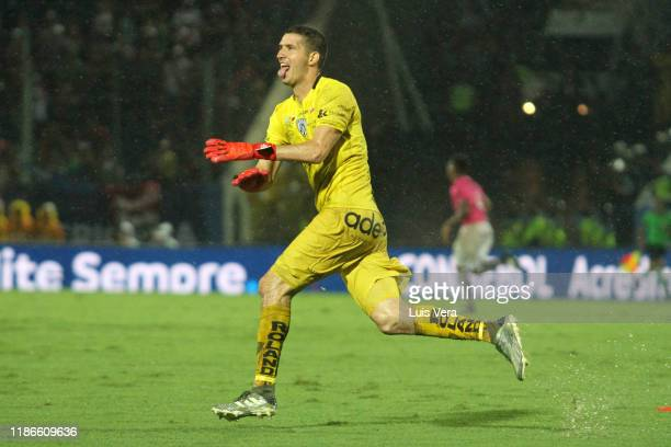 Jorge Pinos of Independiente celebrates after winning the final of Copa CONMEBOL Sudamericana 2019 between Colon and Independiente del Valle at...