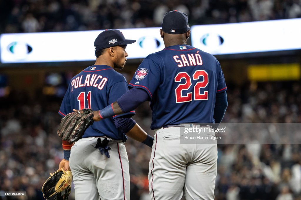 Divisional Series - Minnesota Twins v New York Yankees - Game One : News Photo