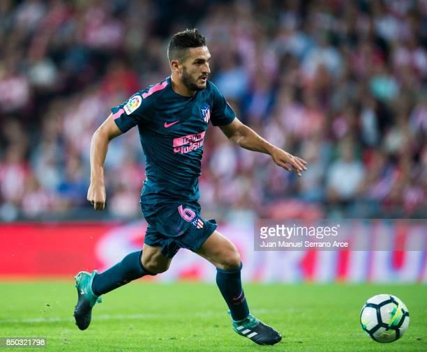 Jorge Resurreccion 'Koke' of Atletico Madrid controls the ball during the La Liga match between Athletic Club Bilbao and Atletico Madrid at San Mames...