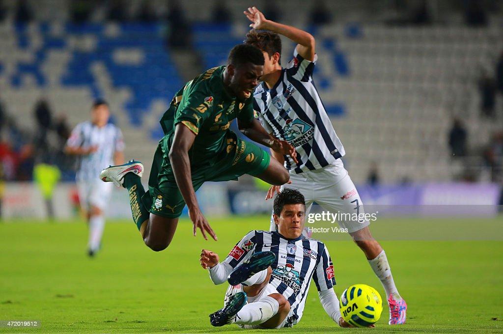 Pachuca v Santos Laguna - Clausura 2015 Liga MX