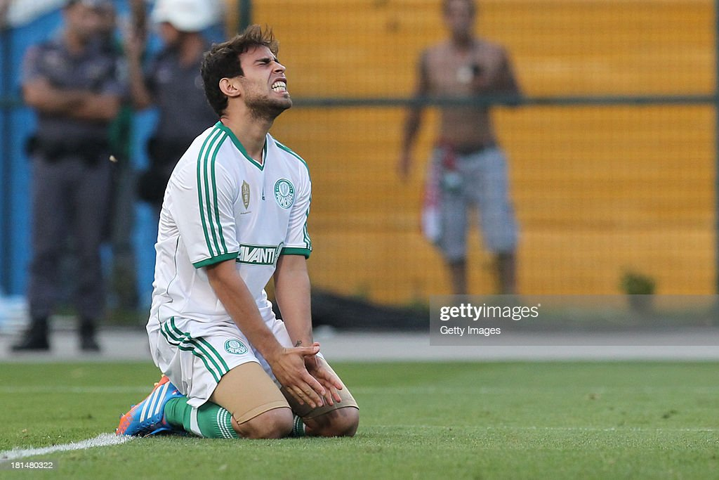 Jorge Valdivia, from Palmeiras, reacts to a lost goal during the match between Palmeiras and Sport for the Brazilian Series B 2013 at Pacaembu stadium on September 21, 2013 in Sao Paulo, Brazil.