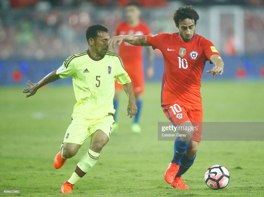 Chile v Venezuela - FIFA 2018 World Cup Qualifiers