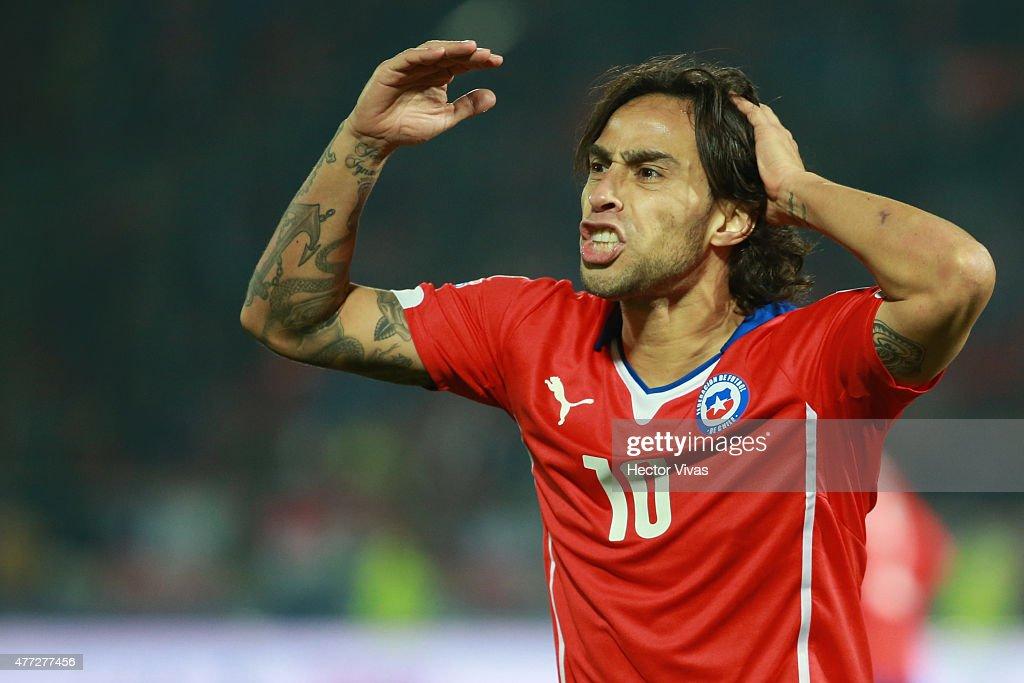 Chile v Mexico: Group A - 2015 Copa America Chile