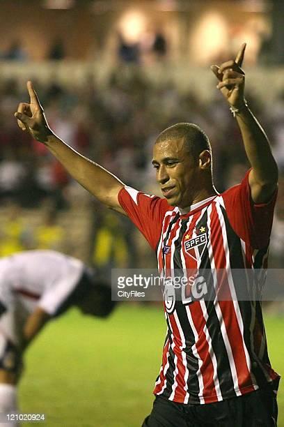 Jorge Wagner of Sao Paulo during the Campeonato Paulista match between Sao Paulo and Barueri on April 9 2007