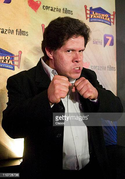 Jorge Zarate attends to the presentation of the tv serie Lucho en Familia at the Camino Real Hotel on March 23 2011 in Tlalnepantla Mexico