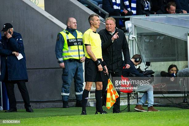 Jorgen Lennartsson head coach of IFK Goteborg reacts on assistant referee Mathias Klasenius during the Allsvenskan match between IFK Goteborg and...