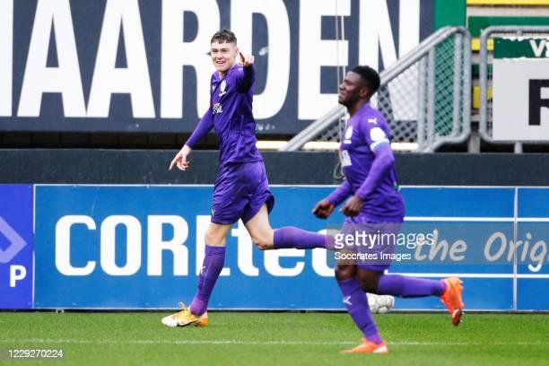 Jorgen Strand Larsen of FC Groningen celebrates 10 during the Dutch Eredivisie match between Fortuna Sittard v FC Groningen at the Fortuna Sittard...