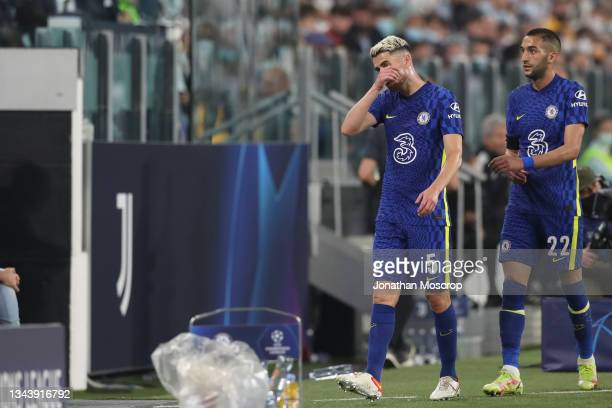 Jorginho and Hakim Ziyech of Chelsea FC reacts after being substituted during the UEFA Champions League group H match between Juventus and Chelsea FC...