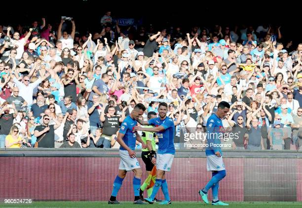 Jorginho Jose Callejon and Arkadiusz Milik of SSC Napoli celebrate the 10 goal scored by Arkadiusz Milik during the Serie A match between SSC Napoli...