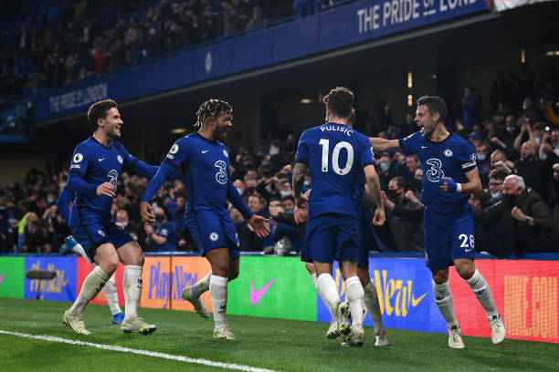Jorginho of Chelsea celebrates after scoring their sides second goal from the penalty spot with team mates Cesar Azpilicueta and Christian Pulisic...