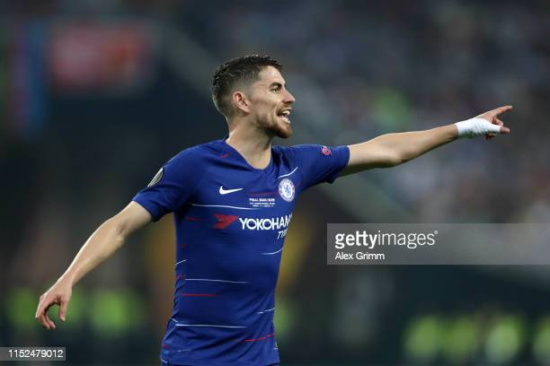 Jorginho of Chelsea gives his team instructions during the UEFA Europa League Final between Chelsea and Arsenal at Baku Olimpiya Stadionu on May 29...