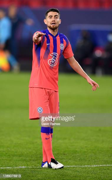 Jorginho of Chelsea reacts as he gives instructions during the UEFA Champions League Group E stage match between FC Sevilla and Chelsea FC at Estadio...