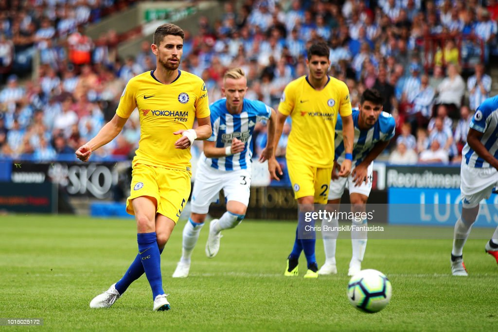 Huddersfield Town v Chelsea FC - Premier League : News Photo