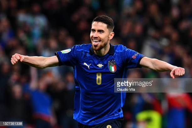 Jorginho of Italy celebrates scoring their sides winning penalty in the penalty shoot out during the UEFA Euro 2020 Championship Semi-final match...