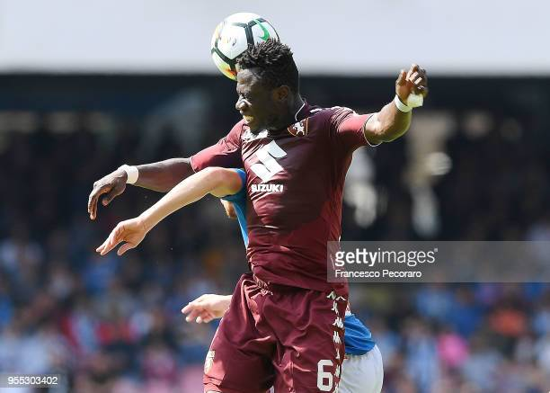 Jorginho of SSC Napoli vies with Afriyie Acquah of Torino FC during the serie A match between SSC Napoli and Torino FC at Stadio San Paolo on May 6...