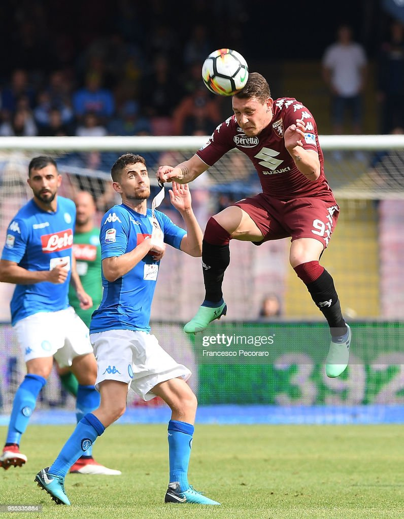 Jorginho of SSC Napoli vies with Andrea Belotti of Torino FC during the serie A match between SSC Napoli and Torino FC at Stadio San Paolo on May 6, 2018 in Naples, Italy.