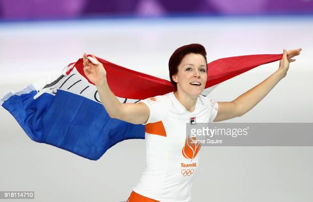Jorien Ter Mors of the Netherlands celebrates winning the gold medal during the Ladies' 1000m Speed Skating on day five of the PyeongChang 2018...