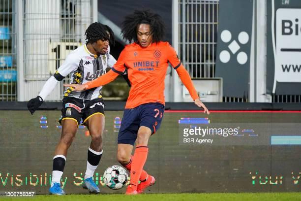 Joris Kayembe of Sporting Charleroi and Tahith Chong of Club Brugge during the Jupiler Pro League match between Charleroi and Club Brugge at Stade du...