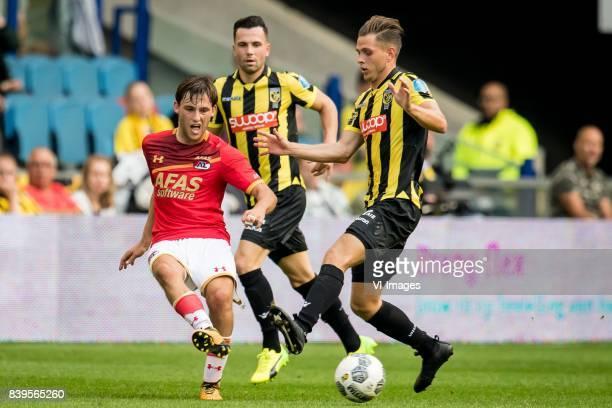 Joris van Overeem of AZ Thomas Bruns of Vitesse Charlie Colkett of Vitesse during the Dutch Eredivisie match between Vitesse Arnhem and AZ Alkmaar at...