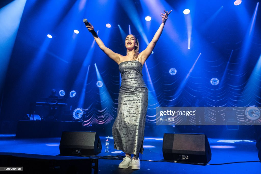 Jorja Smith Performs At The O2 Academy London on October 17th, 2018. : News Photo