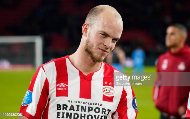 Jorrit Hendrix of PSV during the Dutch Eredivisie match between PSV v Willem II at the Philips Stadium on February 8, 2020 in Eindhoven Netherlands