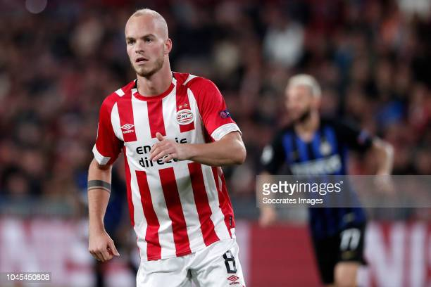 Jorrit Hendrix of PSV during the UEFA Champions League match between PSV v Internazionale at the Philips Stadium on October 3, 2018 in Eindhoven...